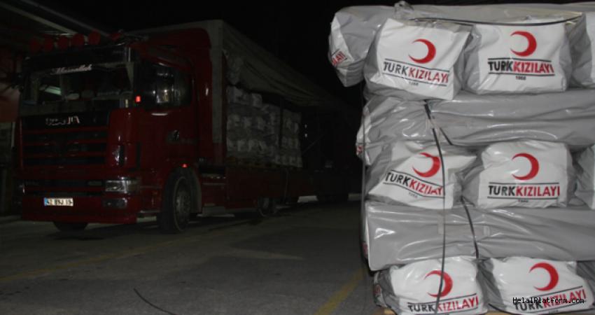 Genelkurmay ve Türk Kızılayı'ndan Süleymaniye'deki depremzedelere yardım