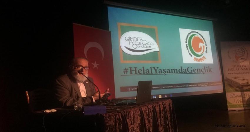 'Helal Yaşamda Gençlik' konferansı düzenlendi